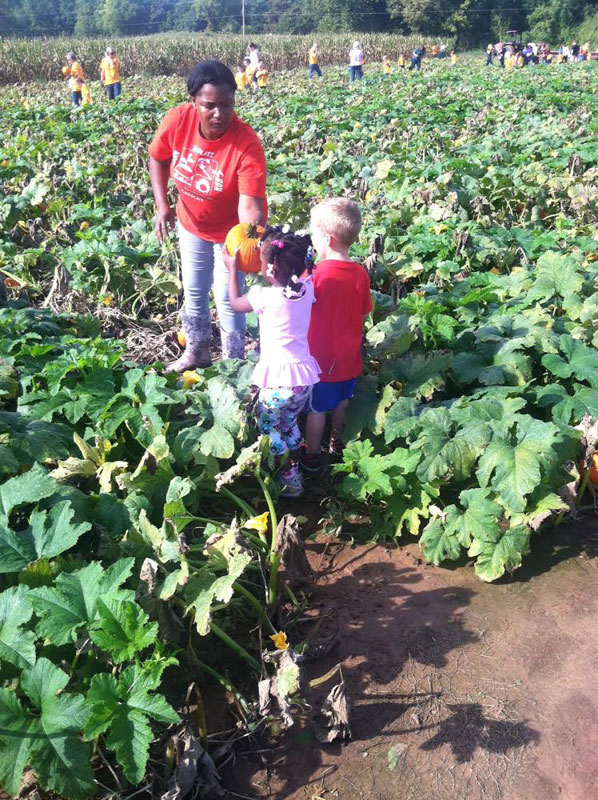 Pumpkin-Patch-Fun-09