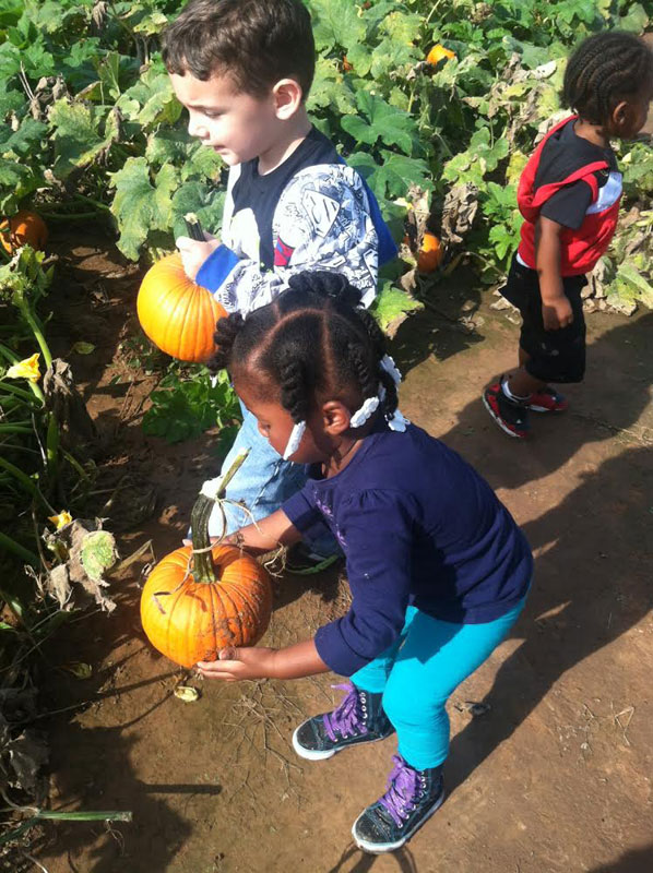 Pumpkin-Patch-Fun-12